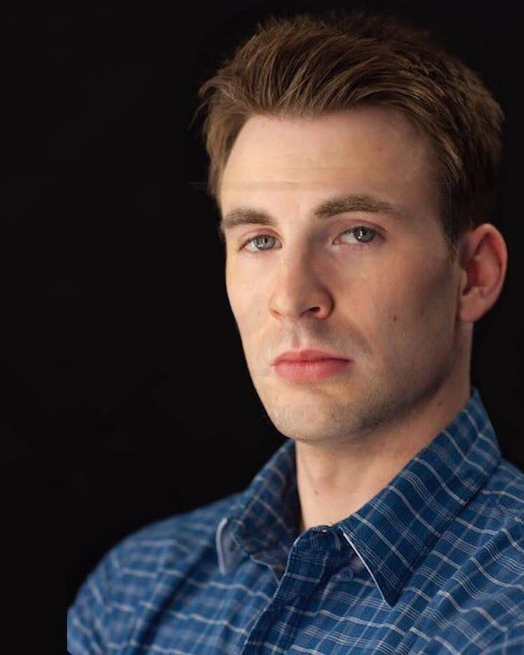 Pin By Jose Capricorn On Chris Evans In 2020