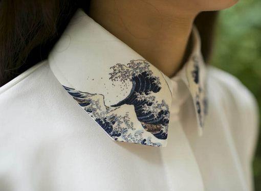 Vintage handmade Japanese painting Hokusai's The Great Wave of Kanagawa white Shirt with wave collar