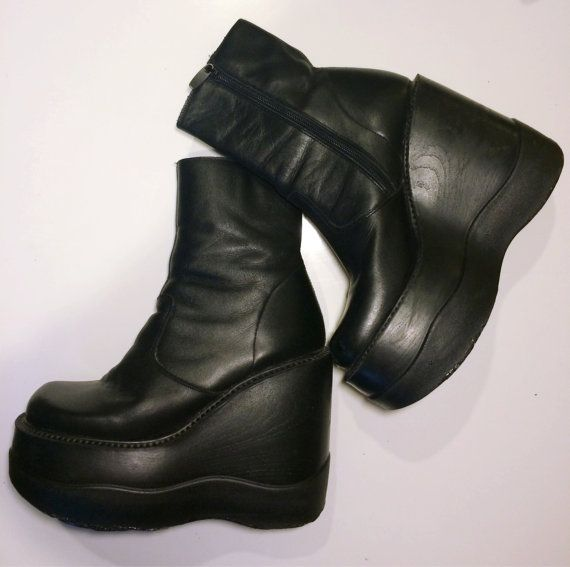 90's Club Kid Sky High Platform Shoes / Steve Madden 5 Inch Stacked Wedge Ankle Boot / Size 40 or US 9