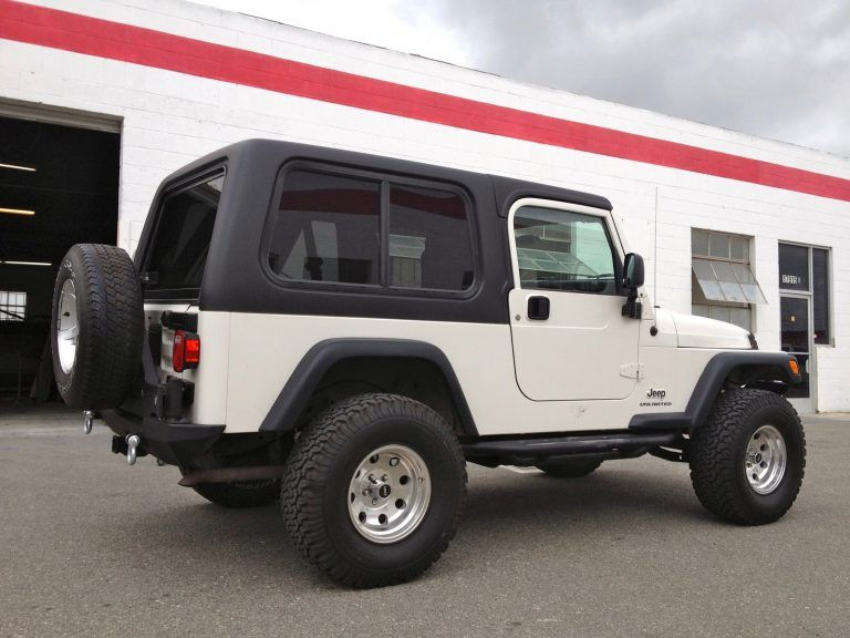 Jeep CJ6 Hardtop with Door Inserts 1Piece Removable Top