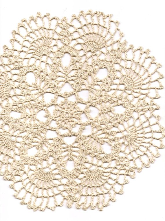 Crochet doilies lace doily table decoration от DoilyWorld на Etsy ...
