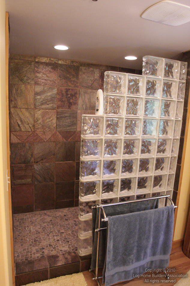walk-in-shower-10 met niet-fraaie glazen blokken wel DIY | van bad ...