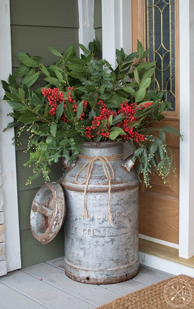 My Christmas Front Porch for 2018 #fallfrontporchdecor