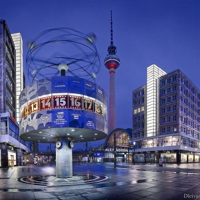 World Clock Berlin Alexanderplatz Germany Berlin Urlaub Berlin Stadt Deutschland
