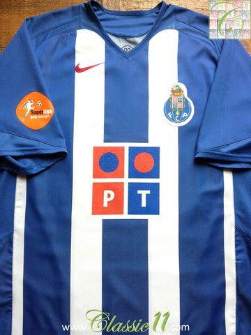 b3562cc4d Relive FC Porto s 2005 2006 season with this vintage Nike home football  shirt.
