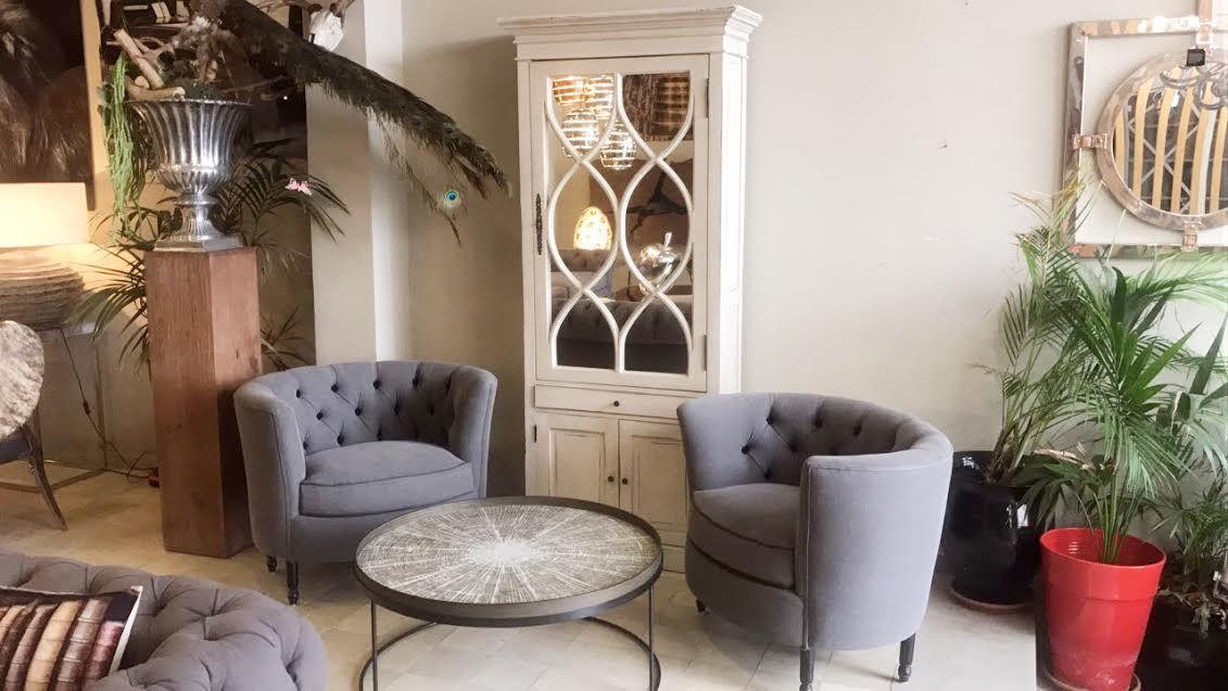 Fauteuil – vitrine salon – table basse – fauteuil gris – I\'magie ...