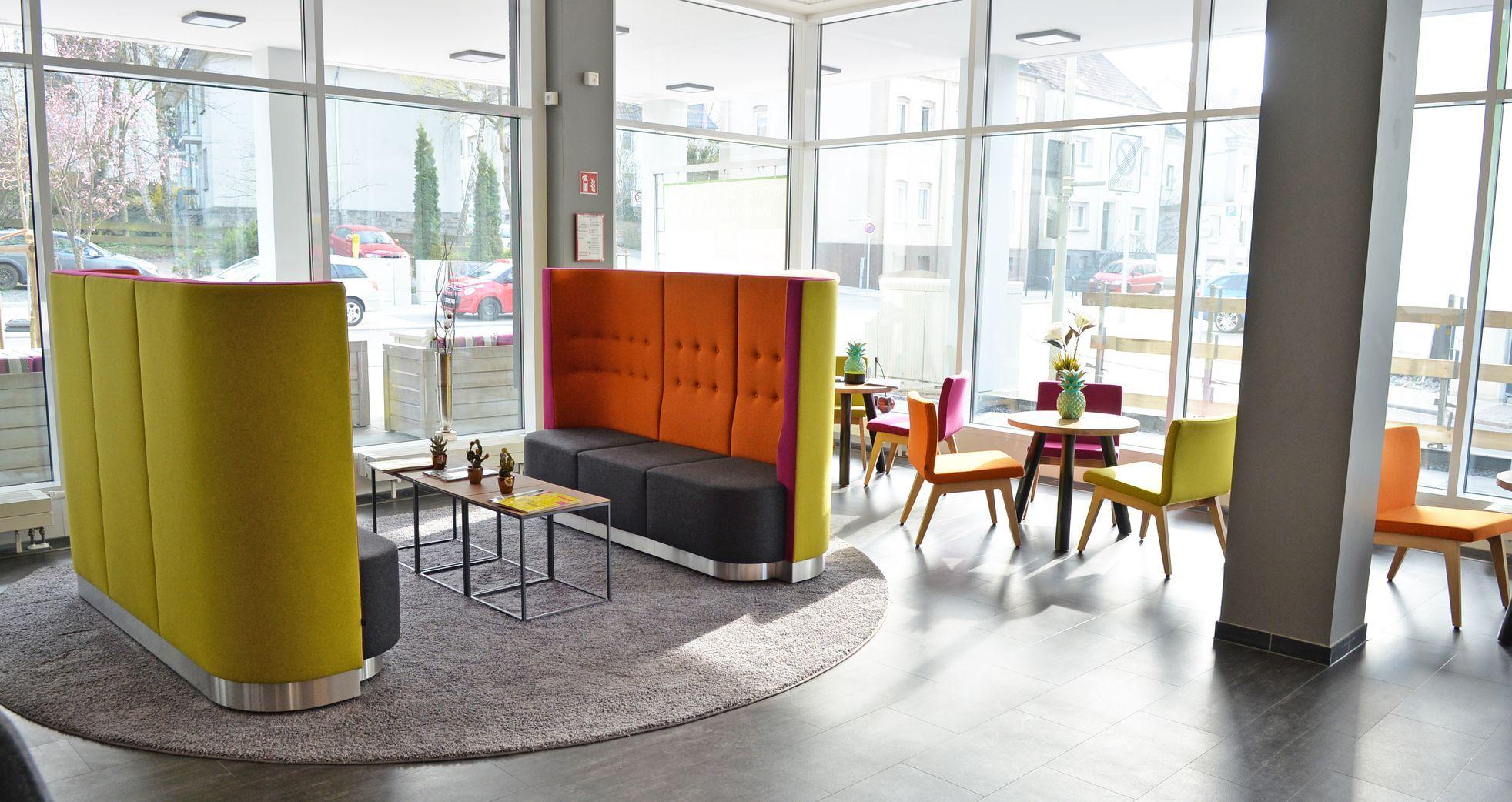 Rundsofa 40926 2 Sitzer In 2020 Gastronomie Mobel Einrichtung Und Lounge Tisch