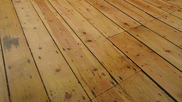 Fix Squeaky Floorboards With Cornstarch Squeaky Floors Flooring Floorboards