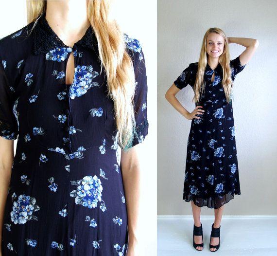 80/'s Lace Collar Blue Floral Dress