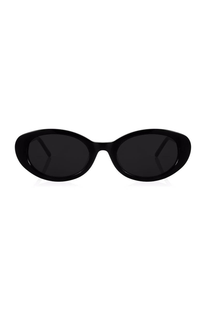 75030b7be6 Robert   Fraud Betty Sunglasses  175