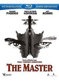 THE MASTER (2012) de Paul Thomas Anderson, avec Joaquin Phoenix, Philip Seymour Hoffman et Amy Adams. Date et détails : http://www.dvdfr.com/dvd/f156197-master.html