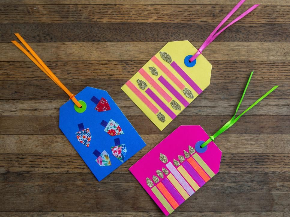Celebrate Hanukkah with the kids by making gift tags decorated with washi tape. The kids can use them to wrap presents for friends and family.