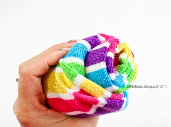 How to roll socks to look like a cupcake