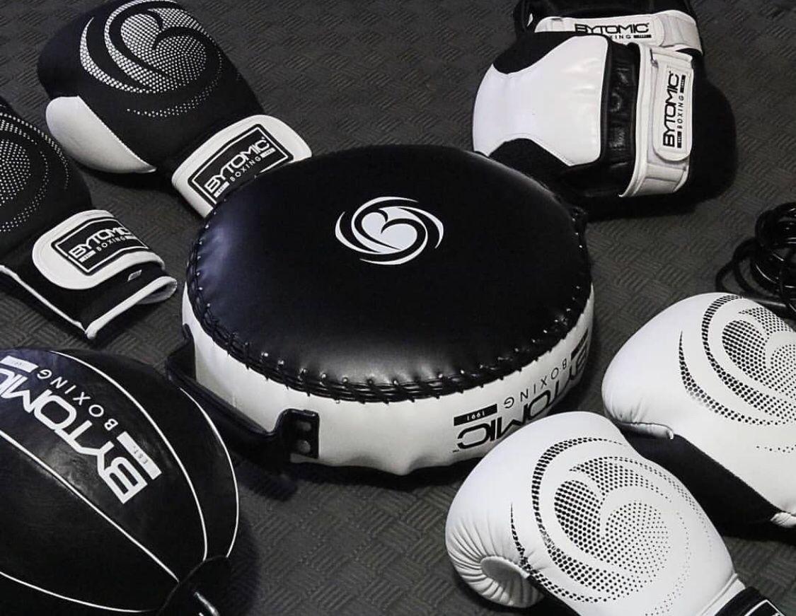 Bytomic Square Circle Sports Boxing Equipment Muay Thai Training Muay Thai Gloves