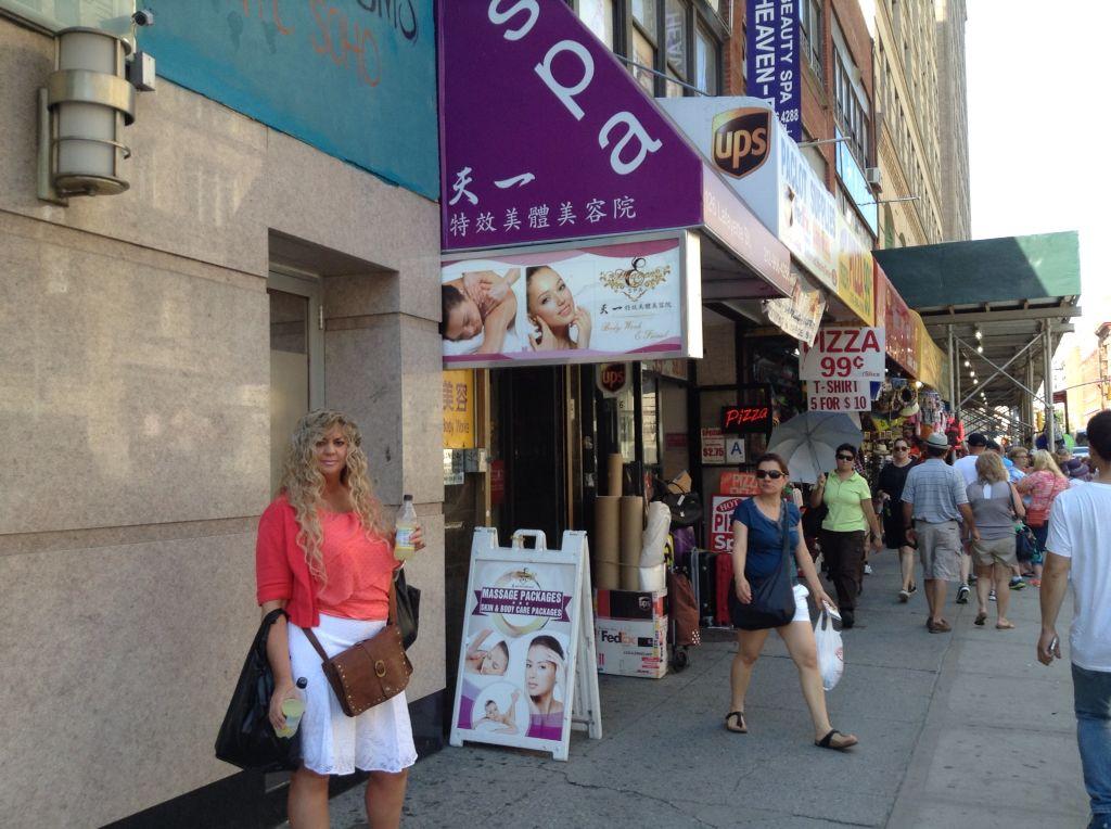 Shopping China Town. FUN! New york travel, Beauty spa