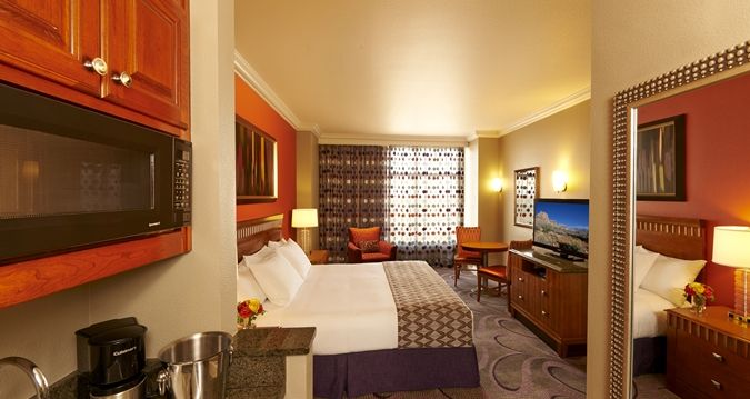 48 Bedroom Suites Las Vegas Strip Schlafzimmer Schlafzimmer Extraordinary 2 Bedroom Suites Las Vegas Strip Set