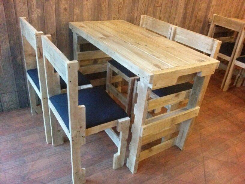 Mesas de palets y sillas ra l palets pinterest for Sillas hechas de palets