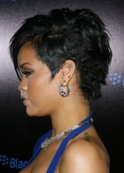Miraculous 1000 Images About Short Hair On Pinterest My Hair Rihanna Short Hairstyles Gunalazisus