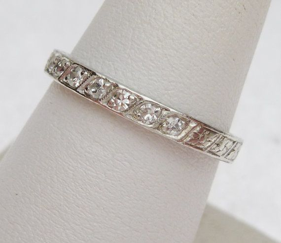 12pt Carved Platinum Vintage Wedding Band by KlinesJewelry on Etsy, $600.00
