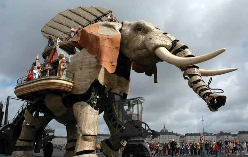 """The Elephant. """"Les Machines de l'Ile Nantes"""",  Cool Museum in Nantes, France  part of La Machine, based in two locations: in Tournefeuille, near Toulouse, and also in Nantes, in Brittany.  http://www.lamachine.co.uk/index.php/la_machine/"""