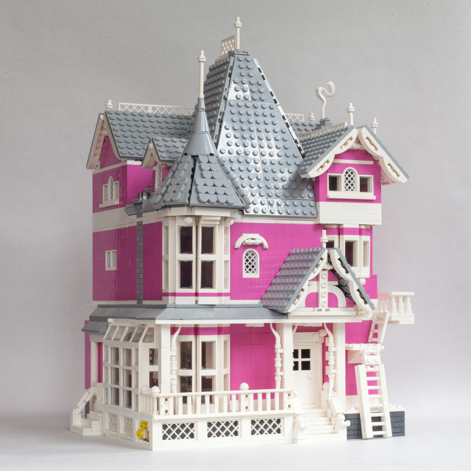 Coraline S Pink Palace Apartments Coraline Pink Palace Coraline Aesthetic