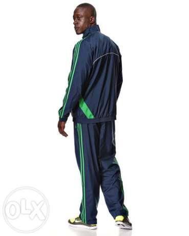 ca4d90b9 Распродажа мужских спортивных костюмов   Одеваемся со вкусом   High ...