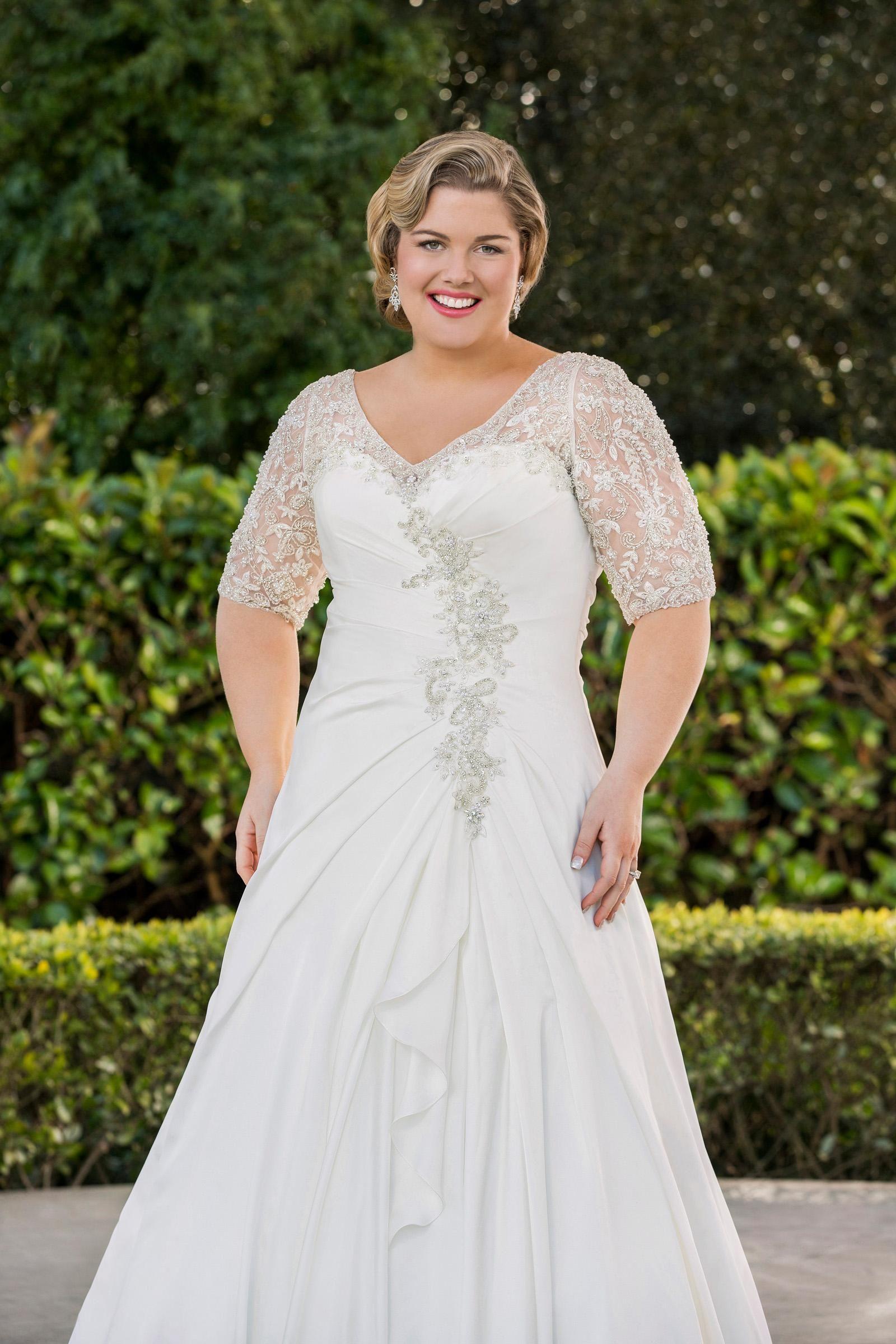 Discount New V Neck A Line Wedding Dresses With Half