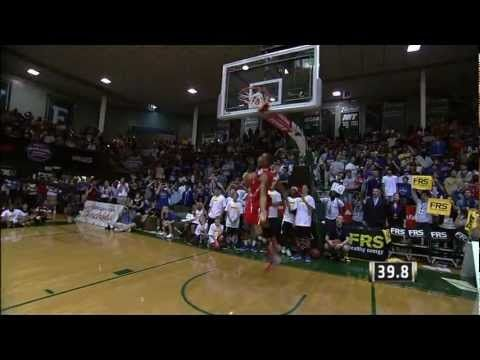 James Justice Shuts Down the College Dunk Contest