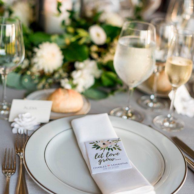 Photo of Lassen Sie Liebe Hochzeit Gefälligkeiten wachsen-Custom Stei…