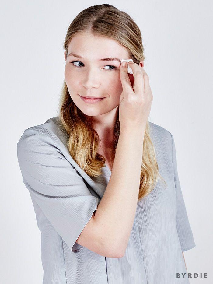 I Do My Own Eyebrow Tinting—Here's How   Eyebrow tinting ...
