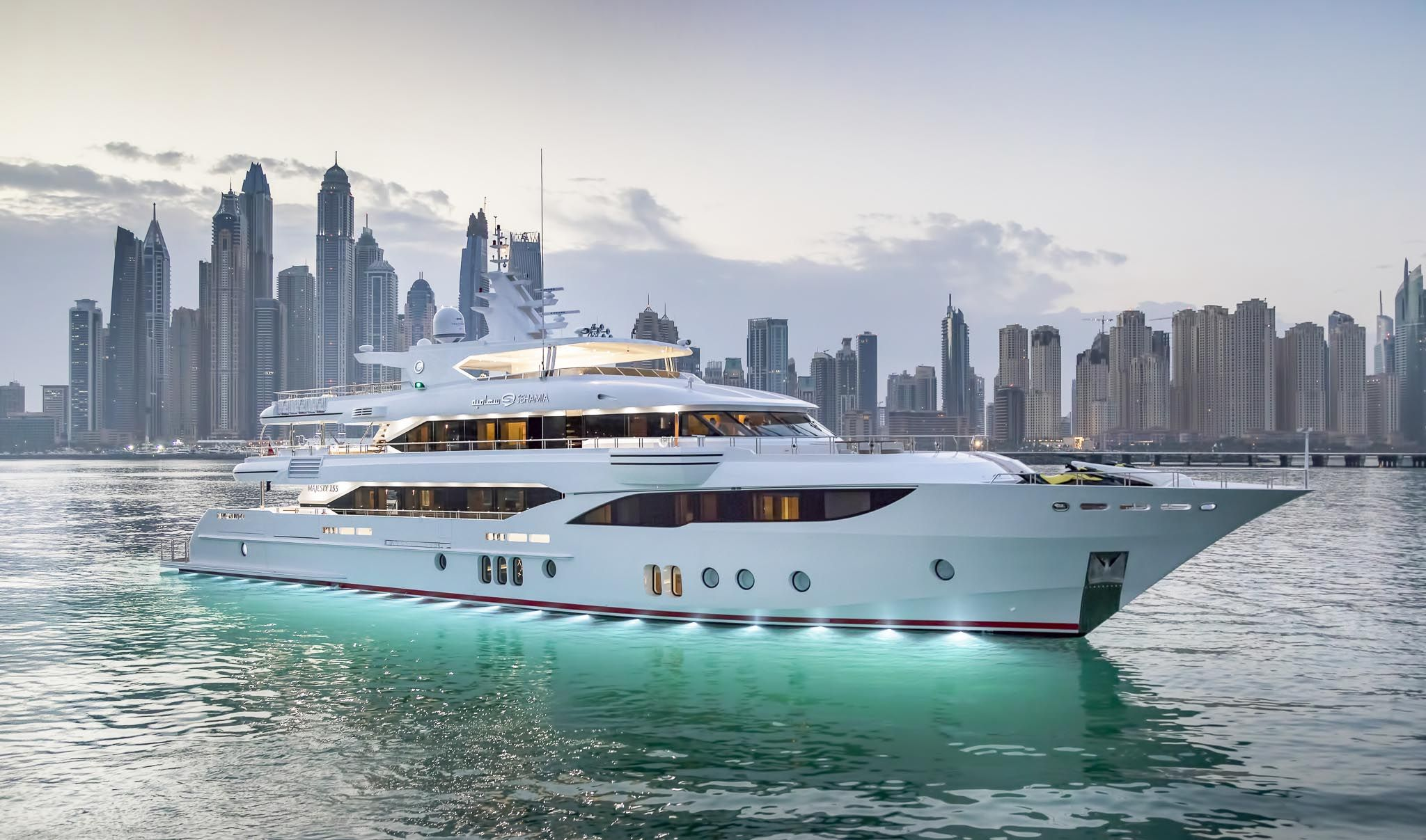 Gulf Craft Introduces Majesty 155 Yacht Sehamia Luxury Yachts Yacht Rental Boats Luxury