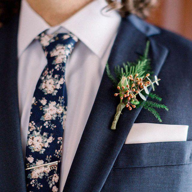 Vintage Navy Blue & Pink Floral Skinny Tie