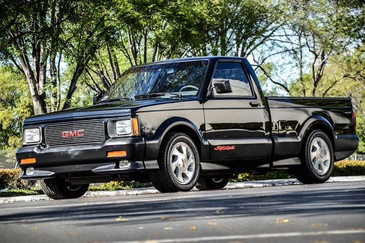 Gmc Syclone Vs Ford F 150 Lightning Which Would You Buy