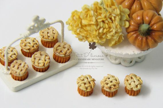 THREE Lattice Topped Pumpkin Cupcakes ♡ ♡