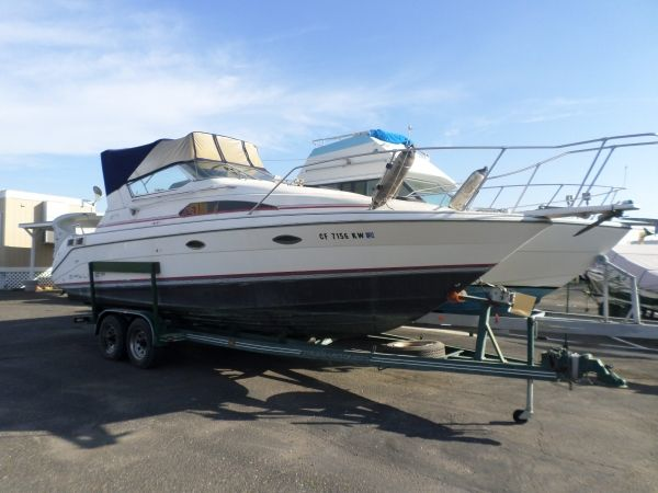 1990 Bayliner Sunbridge 2755 Cabin Cruiser 27 Ft
