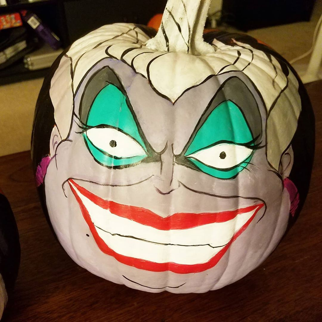 2020 的 42 Easy Painted Pumpkins to DIY This Halloween 主题