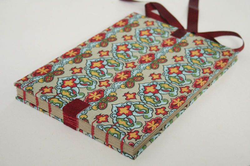Ai que coisa mais linda! Adoro caderninhos artesanais! Álbum 02 R$65.00