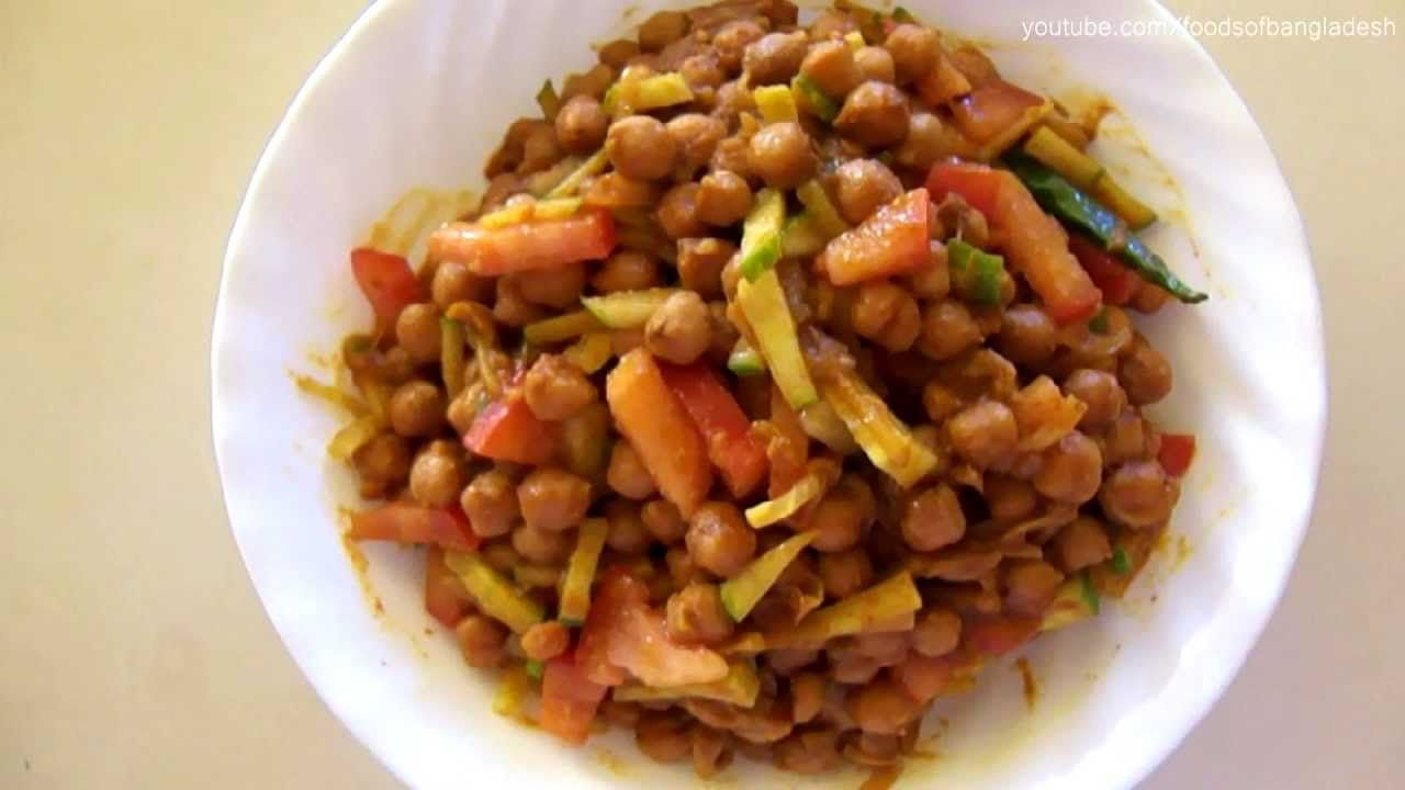 Chickpea masala curry chholar ghugni chickpeas are one