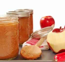 10 Different Apple Butter Recipes -- great for fall parties or to make as gifts for the holidays!