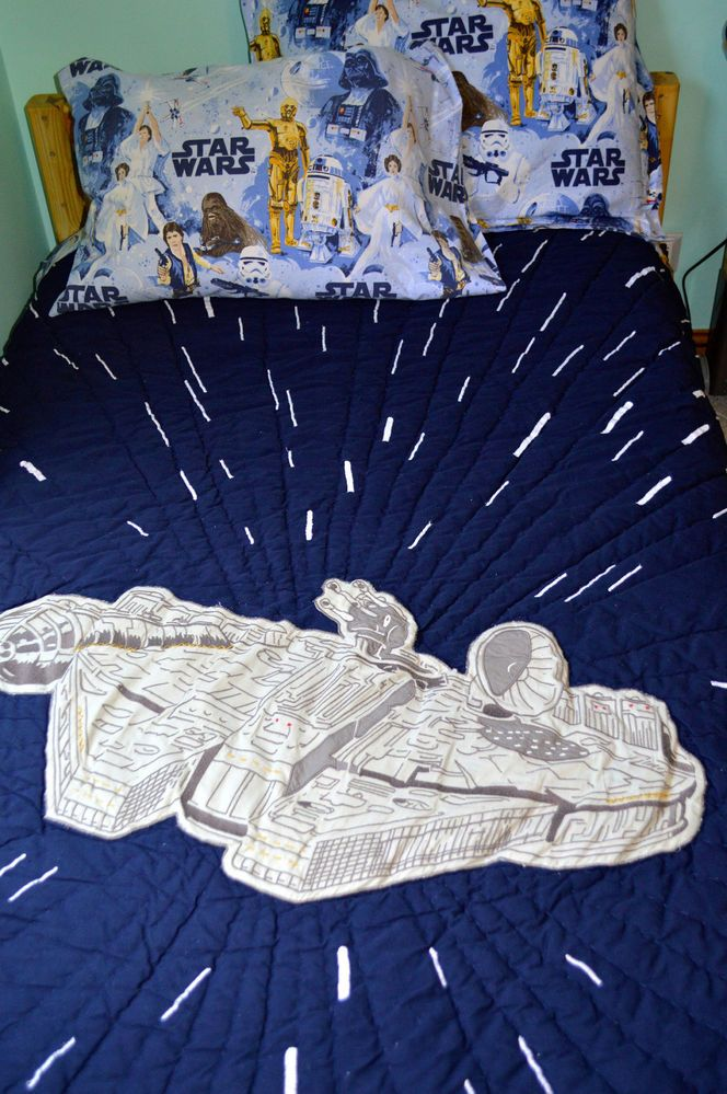 Pottery Barn Kids Star Wars Millennium Falcon Twin