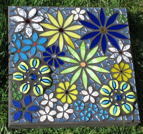 Mosaic paver by diane kitchener artisan crafts pottery for Garden mosaics designs