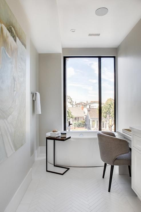 Best This Long And Narrow Elegant Bathroom Boasts A Floor To 640 x 480