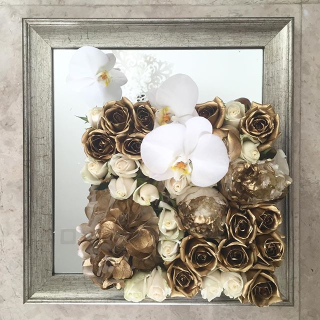 'Vienna' was sent out for a birthday today, we do so love being a part of your expressions of love! #maisondesroses #bloombox #white #peonies #hydrangeas #gold #cream #roses #phalaenopsis #orchids #luxe #glamorous #birthday @beekhan