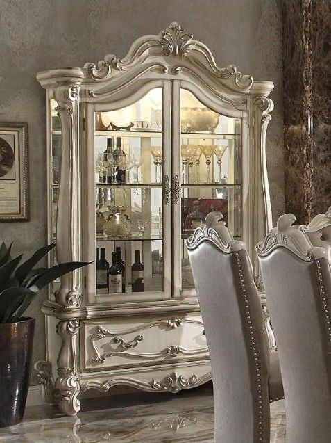 Curio Cabinet In Ornamental Bone White