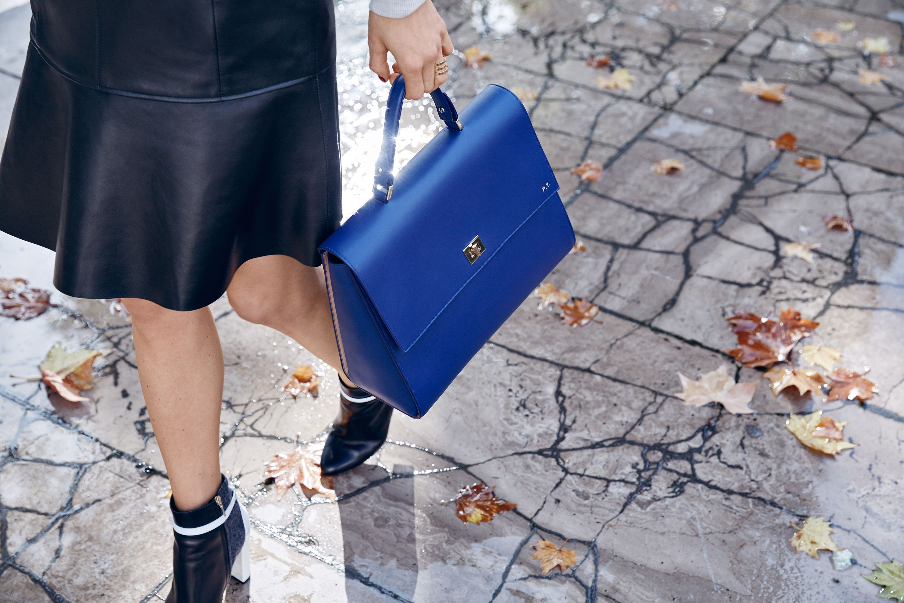 The #bossbespokebag in ink blue, personalised for Pernille Teisbaek #thisisboss