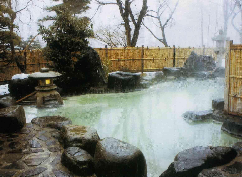 japanese hot spring | Hot Spring Spas | ONSEN & OFURO | Pinterest ...