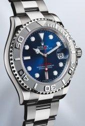 Zum Beginn der Sommersport-Saison erscheint die Yacht-Master der Uhrenmanufaktur Rolex mit einem blauen Zifferblatt und neuer Lünette.