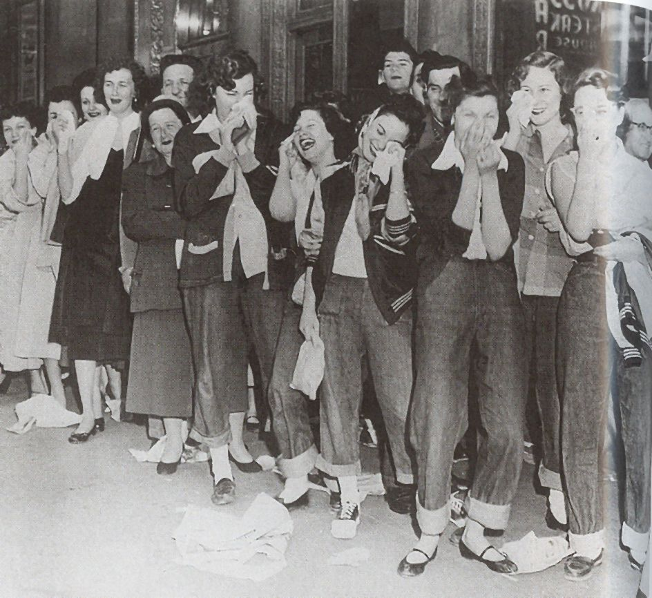50s teenage girls- examples of work clothes: jeans ...