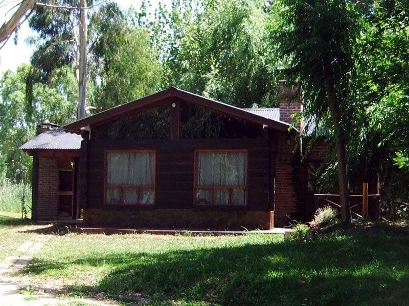 Estas fachadas de caba as pertenecen al area de la costa for Fachadas de cabanas rusticas