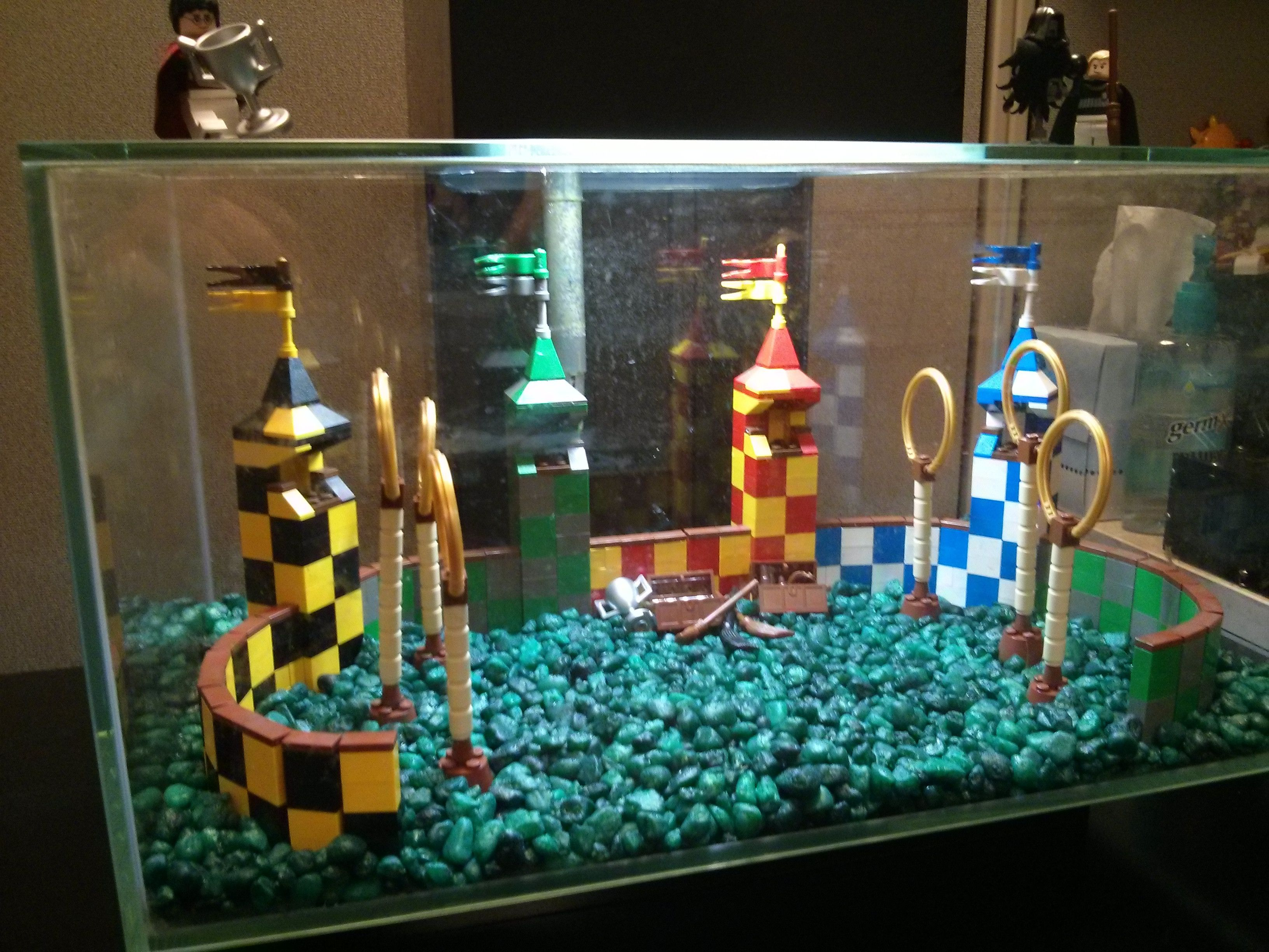 Aquarium fish tank diy - Quidditch Aquarium Decoration Build Imgur